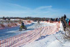 Μοτοκρός στη χειμερινή διασκέδαση φεστιβάλ σε Uglich, 10 02 2018 Ug Στοκ Φωτογραφίες