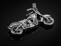 Μοτοσικλέτα κρεμαστών κοσμημάτων κοσμήματος - ανοξείδωτο στοκ φωτογραφία με δικαίωμα ελεύθερης χρήσης