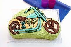 μοτοσικλέτα παιδιών κέικ Στοκ Εικόνες