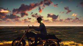 Μοτοσυκλετιστής σε μια μοτοσικλέτα στην παραλία ενάντια στον ωκεανό, ο ουρανός, κατά τη διάρκεια του ηλιοβασιλέματος Έννοια τρόπο απεικόνιση αποθεμάτων