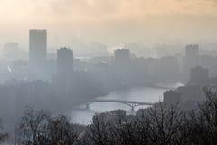 Μουντός ποταμός Μάας στη Λιέγη στοκ εικόνες με δικαίωμα ελεύθερης χρήσης