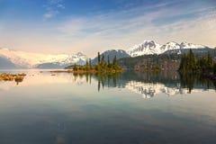Μουντό τοπίο λιμνών Garibaldi στοκ εικόνα