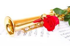 Μουσικά σημειώσεις και saxophone Στοκ φωτογραφίες με δικαίωμα ελεύθερης χρήσης