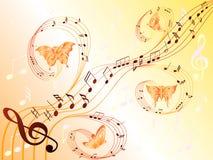 Μουσικές νότες για τη σανίδα και τις πετώντας πεταλούδες Στοκ Φωτογραφίες