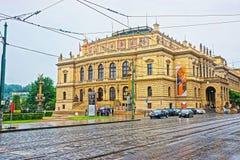 Μουσική και τέχνη Rudolfinum που χτίζουν τον Ιανουάριο Palach τετραγωνική Πράγα Στοκ Φωτογραφία