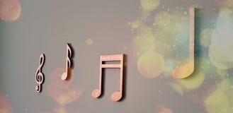 Μουσική νότα από το σπίτι στοκ εικόνες