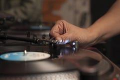 Μουσική παιχνιδιού του DJ Στοκ Φωτογραφίες