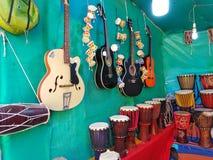 Μουσικό κατάστημα οργάνων στην παραλία Arambol, Goa, Ινδία στοκ φωτογραφίες με δικαίωμα ελεύθερης χρήσης