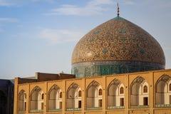 Μουσουλμανικό τέμενος στο μπλε του Ισφαχάν Παραδοσιακές διακοσμήσεις και διακοσμήσεις Ιράν στοκ φωτογραφία