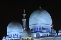 Μουσουλμανικό τέμενος τη νύχτα, Αμπού Νταμπί Στοκ Φωτογραφία