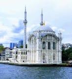 Μουσουλμανικό τέμενος Ortakoy και γέφυρα Bosphorus, Ιστανμπούλ, Τουρκία στοκ εικόνες