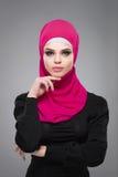 Μουσουλμανική γυναίκα στο hijab Στοκ Φωτογραφίες