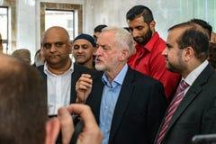 Μουσουλμανικό τέμενος επίσκεψης του Jeremy Corbyn στοκ εικόνα