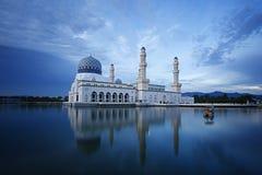 Μουσουλμανικό τέμενος πόλεων Kinabalu Kota Στοκ Εικόνες