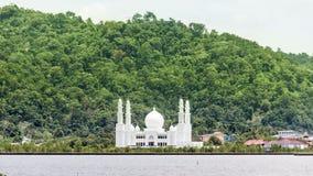 Μουσουλμανικό τέμενος σε έναν ποταμό Στοκ Φωτογραφία