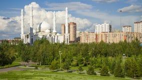 Μουσουλμανικό τέμενος σουλτάνων Hazrat, στην πόλη Astana Στοκ Φωτογραφία