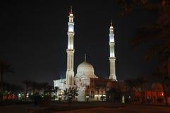 Μουσουλμανικό τέμενος στην Αίγυπτο τη νύχτα Στοκ φωτογραφίες με δικαίωμα ελεύθερης χρήσης