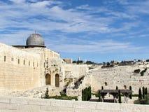 Μουσουλμανικό τέμενος της Ιερουσαλήμ Al-Aqsa και υποστήριγμα των ελιών 2012 Στοκ Εικόνα