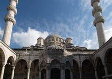 Μουσουλμανικό τέμενος της Ιστανμπούλ Στοκ εικόνα με δικαίωμα ελεύθερης χρήσης
