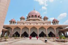 Μουσουλμανικό τέμενος Masjid Putra Putra Στοκ Φωτογραφίες