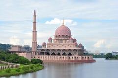 Μουσουλμανικό τέμενος Putra στοκ φωτογραφία με δικαίωμα ελεύθερης χρήσης