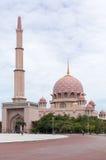 Μουσουλμανικό τέμενος Putra (Masjid Putra) σε Putrajaya Μαλαισία Στοκ εικόνα με δικαίωμα ελεύθερης χρήσης