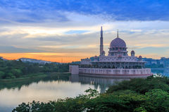 Μουσουλμανικό τέμενος Putrajaya Στοκ Εικόνα