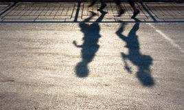 Μουτζουρωμένες σκιές δύο ανθρώπων Στοκ φωτογραφίες με δικαίωμα ελεύθερης χρήσης