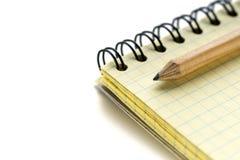 Μολύβι και σημειωματάριο μολύβδου Στοκ Φωτογραφίες