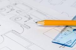 Μολύβι πέρα από ένα σχεδιάγραμμα στοκ φωτογραφία με δικαίωμα ελεύθερης χρήσης