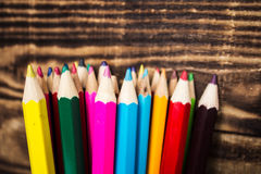 μολύβι χρώματος σε ένα φλυτζάνι Στοκ φωτογραφία με δικαίωμα ελεύθερης χρήσης