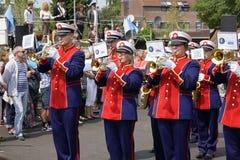 Μπάντα στο φεστιβάλ θεάτρων οδών σε Doetinchem, το Neth στοκ φωτογραφίες με δικαίωμα ελεύθερης χρήσης