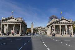 Μπέργκαμο - Propilei στη νέα πύλη στοκ φωτογραφία