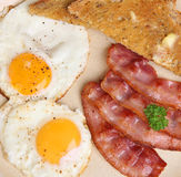 Μπέϊκον & πρόγευμα αυγών Στοκ εικόνα με δικαίωμα ελεύθερης χρήσης