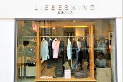 01/06/2018 - Μπίλφελντ/Γερμανία - μια έννοια ενός Liebeskind, λογότυπο του Βερολίνου Στοκ Εικόνα