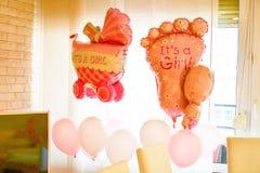 Μπαλόνια ντους κοριτσάκι Στοκ εικόνα με δικαίωμα ελεύθερης χρήσης