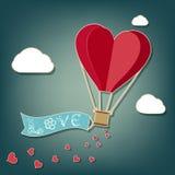 Μπαλόνι ζεστού αέρα σε μια μορφή καρδιών Στοκ Φωτογραφία