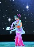Μπαμπού κάτω από το σεληνόφωτο-εθνικό χορό Στοκ φωτογραφία με δικαίωμα ελεύθερης χρήσης