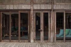 Μπαμπού που διπλώνει τις πόρτες Στοκ Φωτογραφία