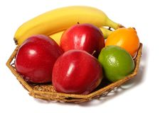 Μπανάνα το κόκκινο μήλο που απομονώνεται με στο λευκό στοκ εικόνες με δικαίωμα ελεύθερης χρήσης