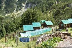 Μπανγκαλόου κοντά στην καλύβα Vihren στο βουνό Pirin, Βουλγαρία Στοκ εικόνες με δικαίωμα ελεύθερης χρήσης