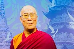 ΜΠΑΝΓΚΟΚ, ΤΑΪΛΑΝΔΗ - 19 ΔΕΚΕΜΒΡΊΟΥ: Αριθμός κεριών του διάσημου Dalai Στοκ εικόνα με δικαίωμα ελεύθερης χρήσης