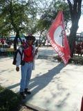 Μπανγκόκ/Ταϊλάνδη - 03 14 2010: Κόκκινη διαμαρτυρία πουκάμισων ενάντια στο gouvernment στο μνημείο δημοκρατίας Στοκ Φωτογραφία