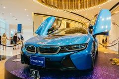 Μπανγκόκ - Ταϊλάνδη στις 13 Ιανουαρίου 2018: Το αυτοκίνητο της BMW i8 παρουσιάζει στη δύναμη δ βασιλιάδων Στοκ Φωτογραφίες