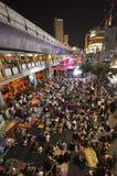 Μπανγκόκ/Ταϊλάνδη - 01 14 2014: Τα κίτρινα πουκάμισα εμποδίζουν και καταλαμβάνουν Asok ως τμήμα της λειτουργίας της Μπανγκόκ ` κλ Στοκ φωτογραφίες με δικαίωμα ελεύθερης χρήσης