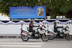Μπανγκόκ, Ταϊλάνδη - 25 Οκτωβρίου 2013: Ταϊλανδική αστυνομία στο βασιλιά ο Στοκ Εικόνες