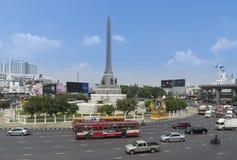 Μπανγκόκ, Ταϊλάνδη, στις 25 Αυγούστου - 2016: Κεφάλαιο μνημείων νίκης Ταϊλανδού Στοκ φωτογραφία με δικαίωμα ελεύθερης χρήσης