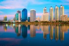 Μπανγκόκ τη νύχτα στοκ εικόνα με δικαίωμα ελεύθερης χρήσης