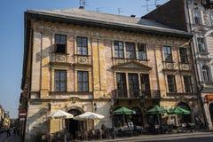 Μπαρ στο τετράγωνο στην Κρακοβία Πολωνία Στοκ εικόνα με δικαίωμα ελεύθερης χρήσης