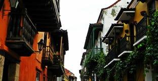 Μπαλκόνια ισπανικός-ύφους στην ιστορική πόλη της Καρχηδόνας, Κολομβία Στοκ Εικόνες